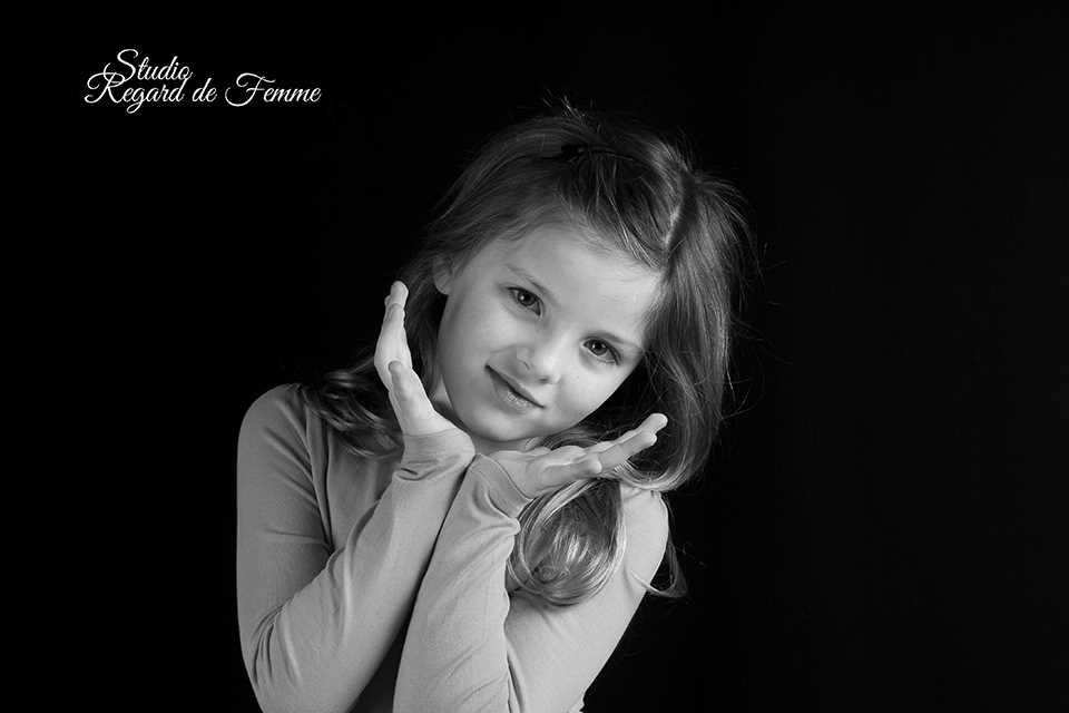 Photographe Fréjus Portfolio Enfant | STUDIO REGARD DE FEMME